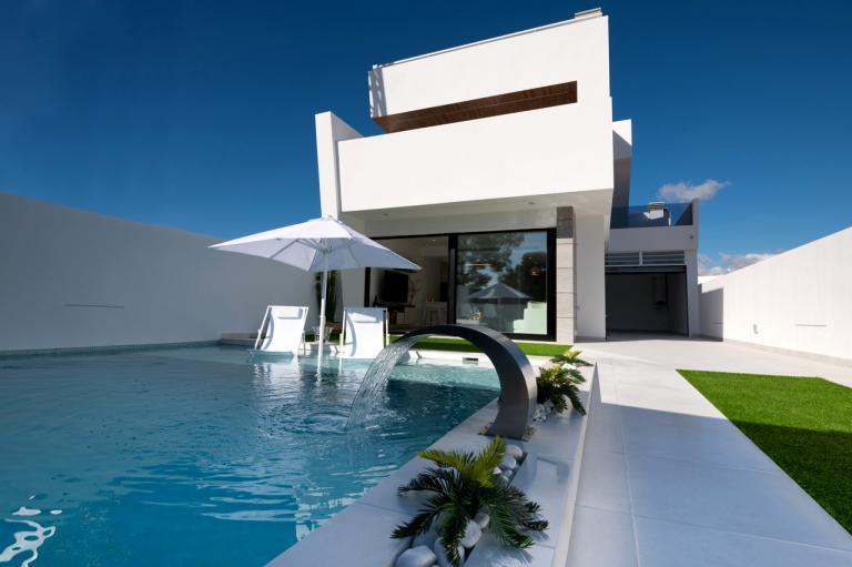3 Bedroom 3 bathroom modern villas with private pool in Nieuwbouw Costa Blanca