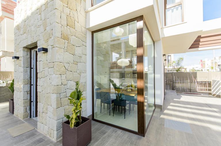 Southfacing 3 bed 3 bath modern villa Ciudad Quesada Nieuwbouw Costa Blanca